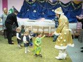 театральное новогоднее выступление в детском центре TEREMOK-UNION